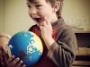 montessori_student_globe